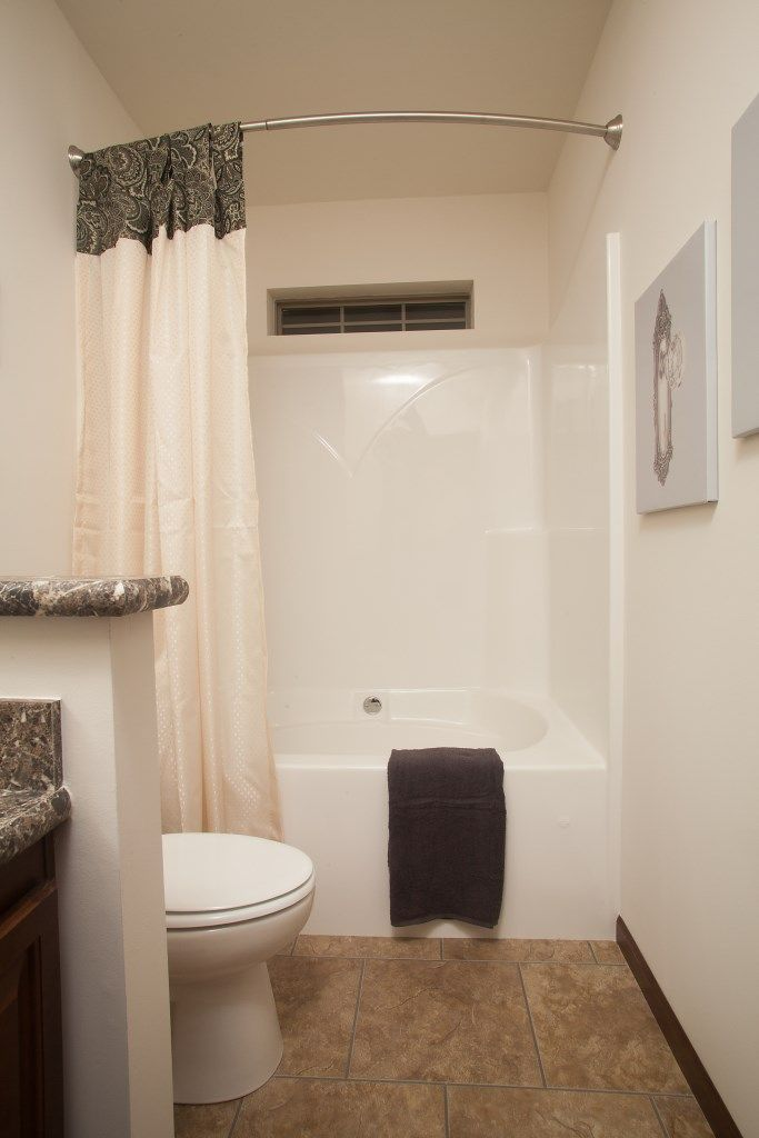 Secondary bathroom in our Aurora Elite AW455A - Aurora Classic Ranch ...