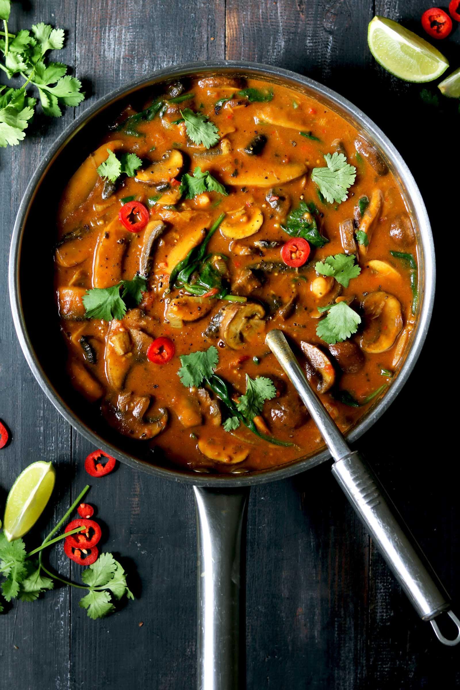 Mushroomy Curry With Spinach Chickpeas