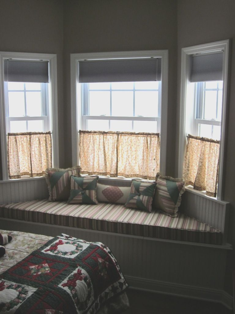 Bedroom Blinds Ideas Set Property bay window curtain idea image from girlsonit | curtains
