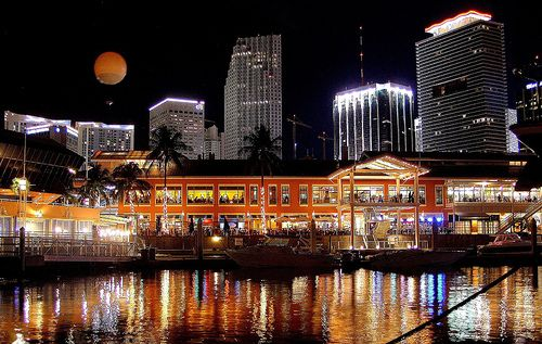 Downtown Miami Bayside Marina At Night Amazingly Beautiful