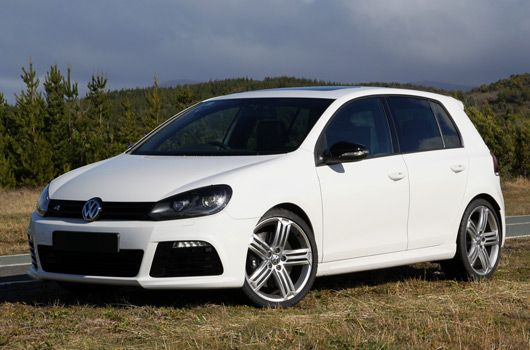 VW Golf R. Turbo & AWD? Yes, PLEASE. Volkswagen golf r
