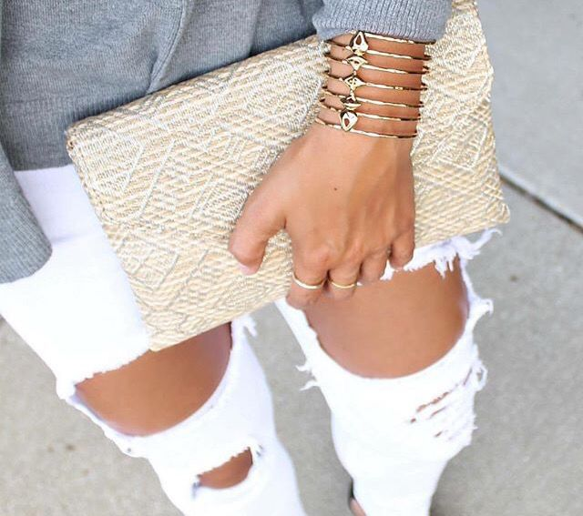 Love the amazing #becker cuff! It turns your shirt-n-jeans into a complete outfit! Add a #city slim #clutch for the complete picture at stelladot.com/lenakhais
