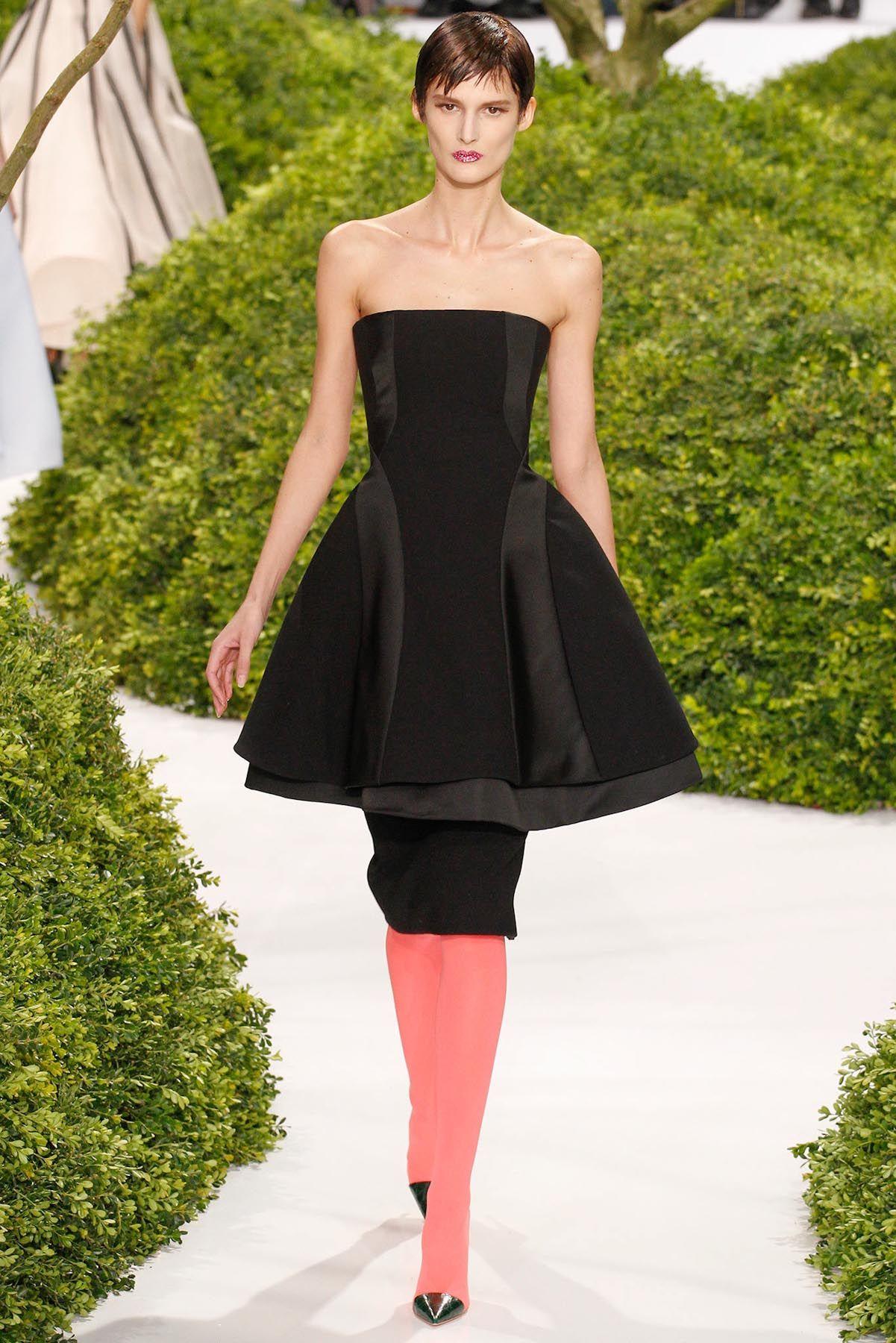 Dior   Paris   Verão 2013 HC  - Detalhe da cintura.
