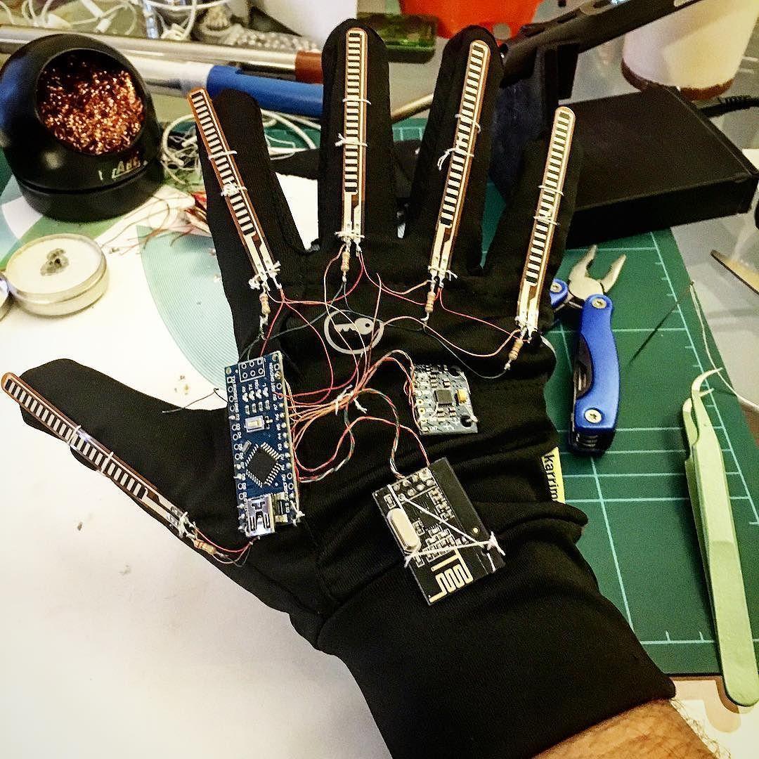 Diy arduino minipro flex sensor controller glove