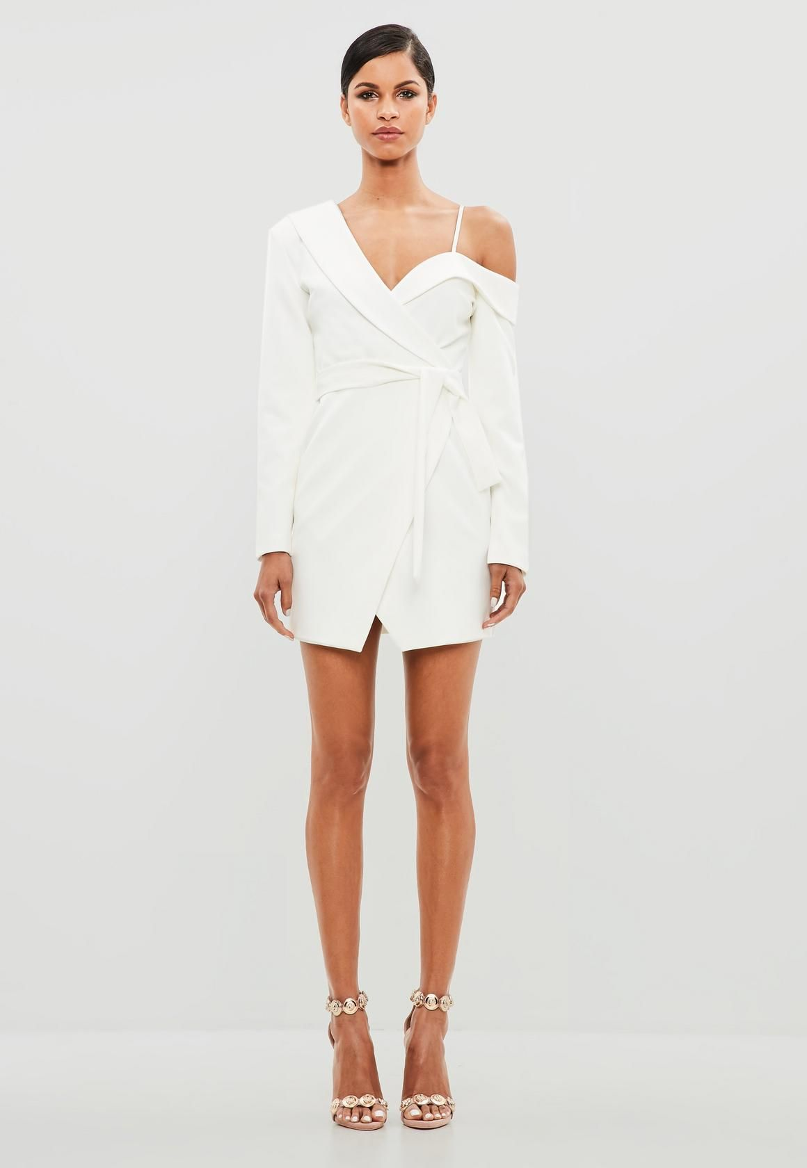 This Dress Features In A White Hue With A One Shoulder Neckline And And A Tie Waist With Long Sleeves Stylish Winter Outfits Outfits Versace Prom Dress [ 1680 x 1160 Pixel ]