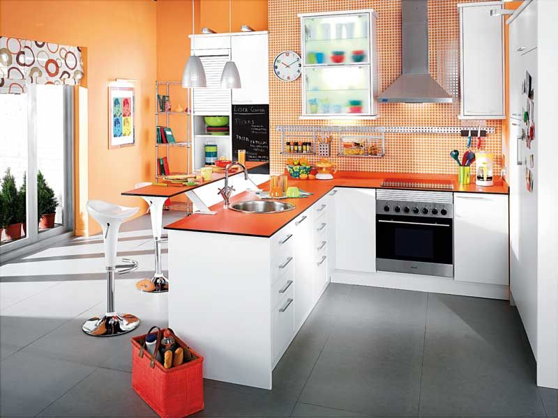 Cocina naranja cuadritos suelo gris cocinas pinterest for Suelo cocina gris antracita