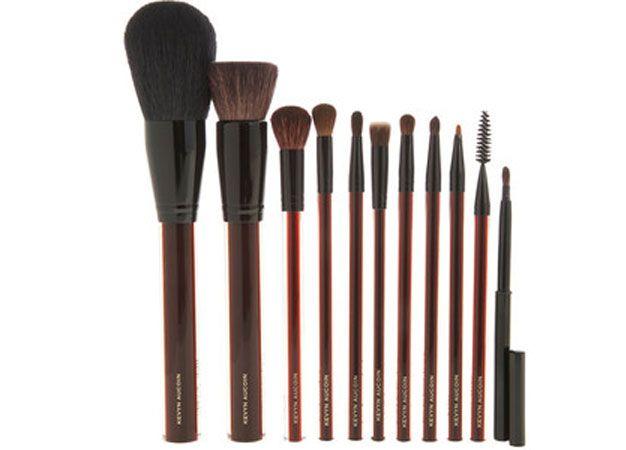 The Most Expensive Makeup Brushes Money Can Buy Schminkzeug Teure Schminke Schminken