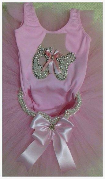 53076e2348 Fantasia bailarina luxo body bordado em pérola e stras saia tutu bordada em  pérola tam. 1