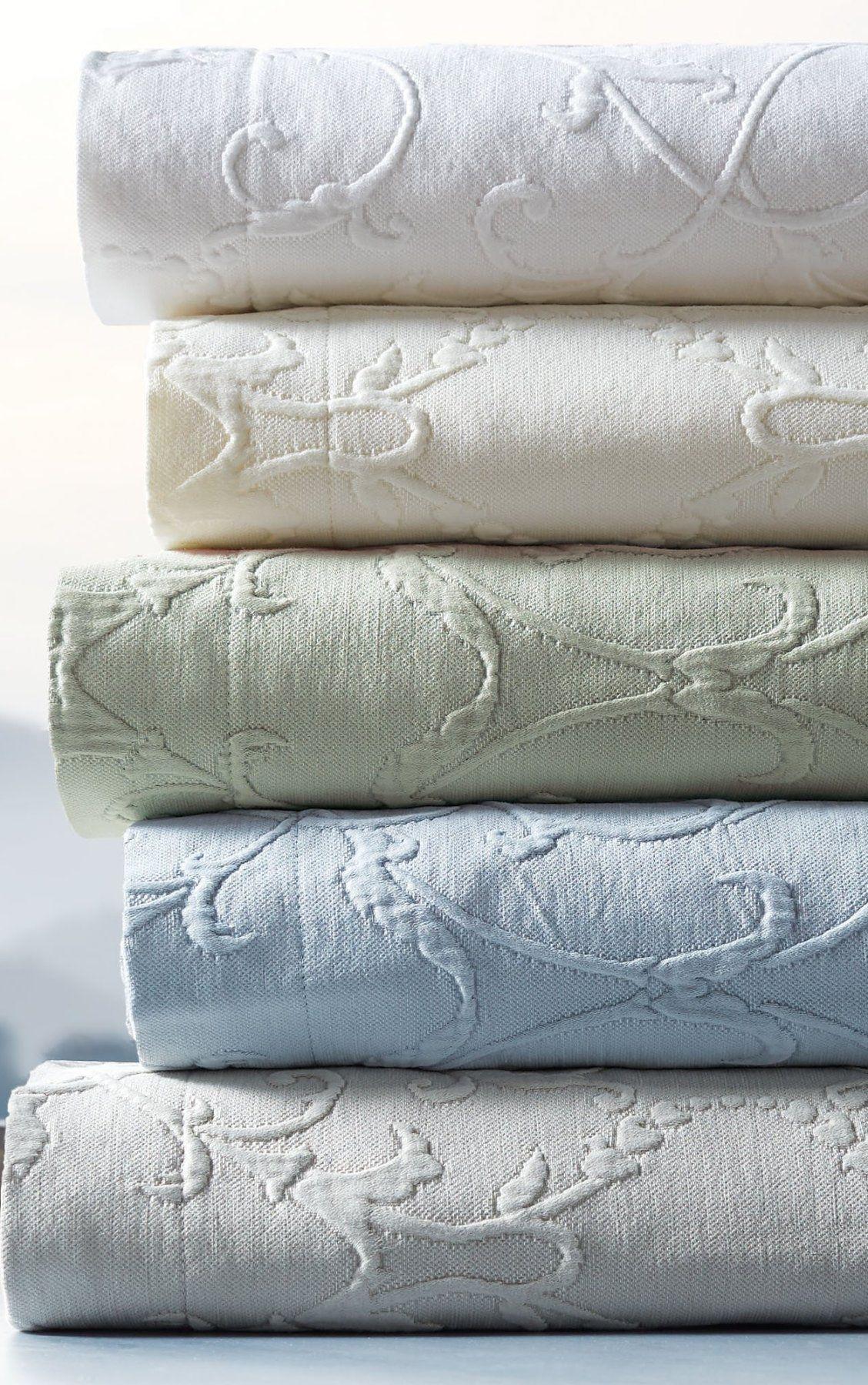 Resort Egyptian Cotton Flourish Matelasse Bedding