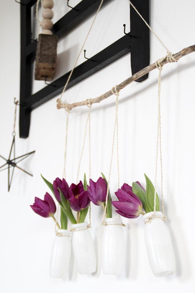 blumen an ne wand blumenampel kordel und ast. Black Bedroom Furniture Sets. Home Design Ideas