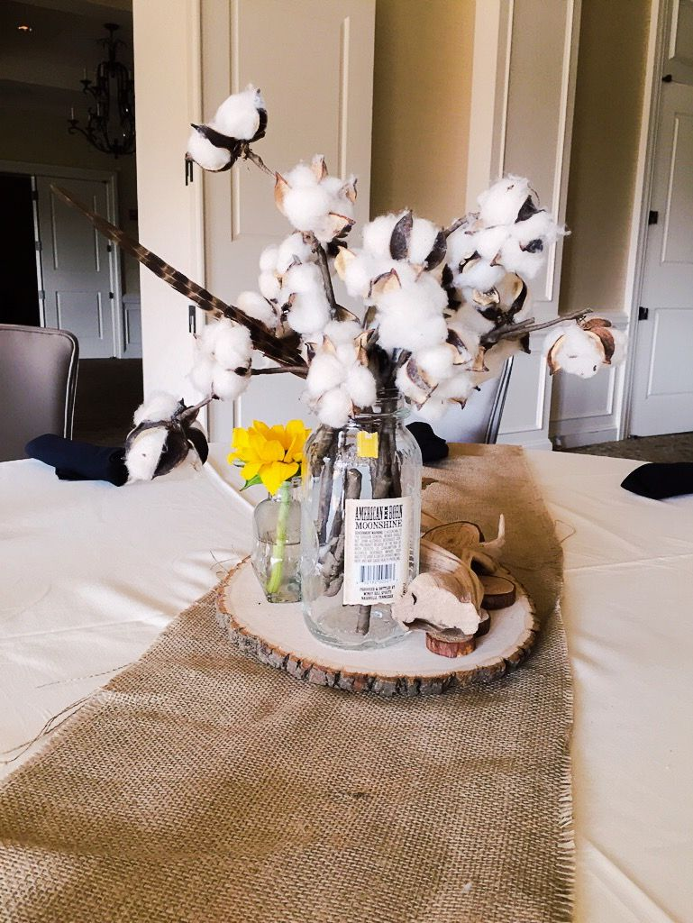 Southern Inspired Table Top Decor Created For An Event Hosted By Hillwood Country Club Tablesettings Centerpiece Table Decorations Table Top Decor Decor