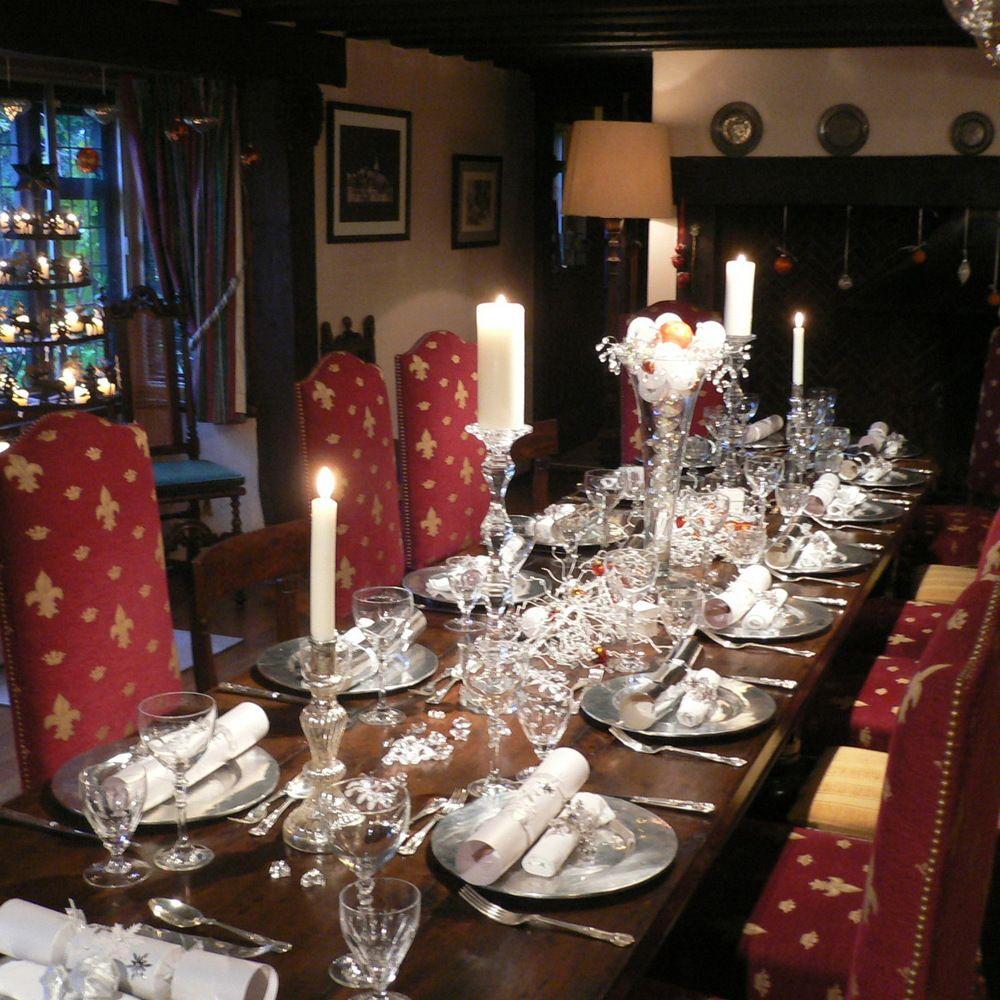 50 Stunning Christmas Table Settings | Christmas table settings ...