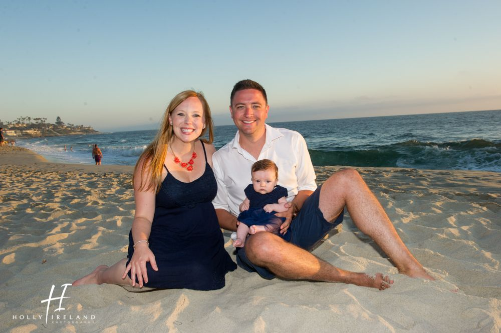 What a gorgeous family at la jolla beach by holly ireland photography