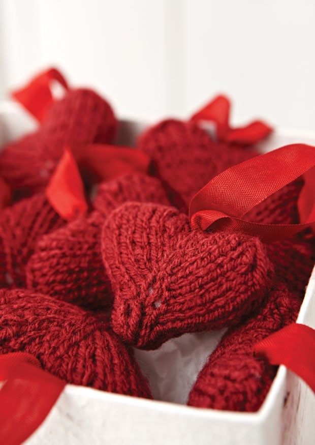 Hanging Heart Knitting Pattern : Gorgeous red hearts from Sirdar. Perfect for hanging ...