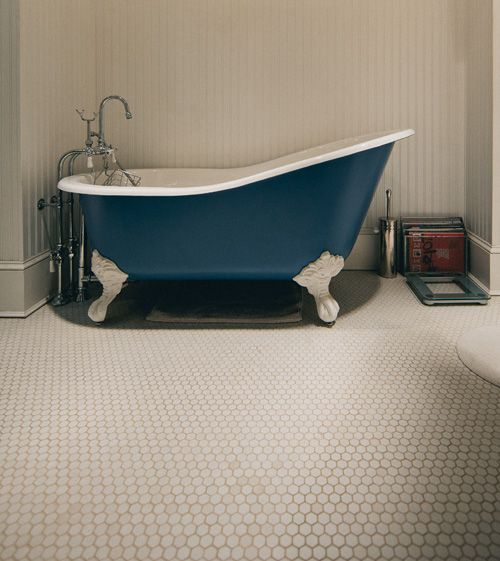Stupenda vasca da bagno ottocentesca in un bagno di Baltimora.  http://www.grupposanmarco.eu/arredo-bagno-c-151