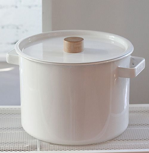 Enamel Kitchen Accessories: White Enamel Cookware