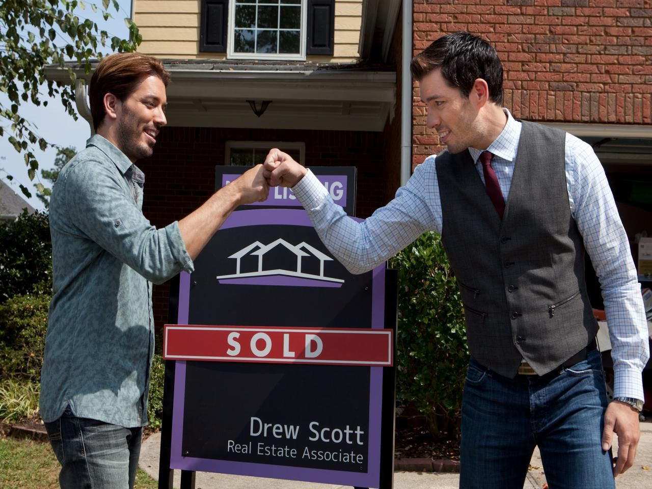 Brother Vs Brother Property Brothers Hgtv Property Brothers