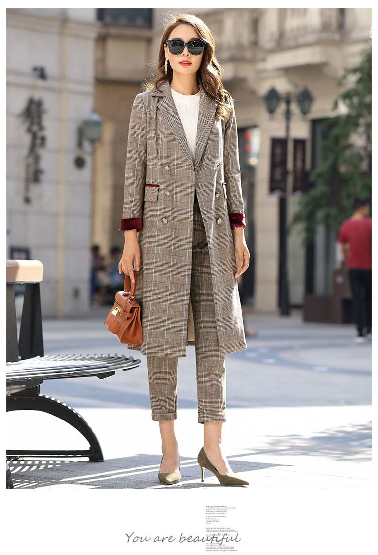 15b3279dc53 ... ladies long section of Lattice stripes suit. Business Casual Chic  Blazers Gina Torres Work Wear Outfit Jackets Style Closet Ideas Shoes  Skirts Blouses ...