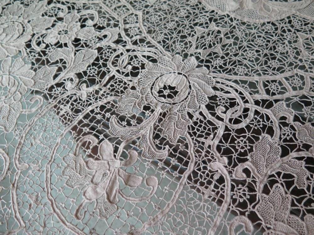 Antique Brussels Belgian Zele Needle Lace Banquet Tablecloth Napkins Set  Exquisi