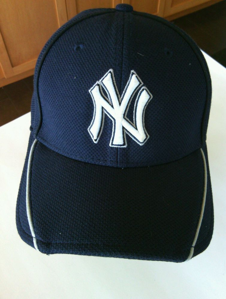 8002816de25 NY Yankees Baseball Cap Size S - M New Era Hat 39Thirty Navy Team USA Ball  Game