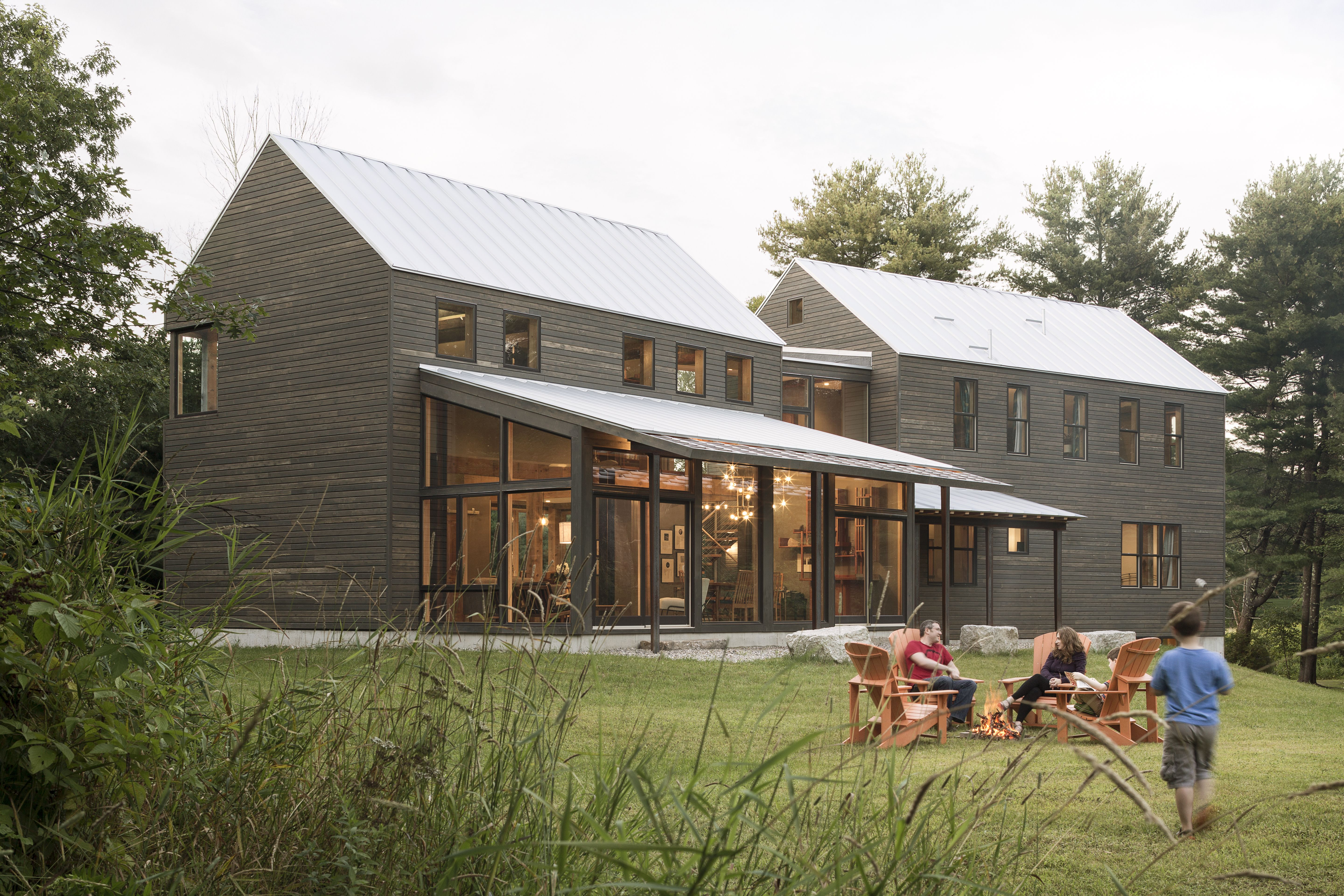 Photo 1 Of 11 In A Maine Farmhouse Built With Salvaged Materials From Modern Farmhouse Exterior New England Farmhouse