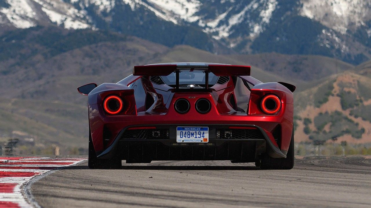 2017 Ford Gt Supercar Rear 2021 Live Wallpaper Hd Ford Gt Super Cars Ford