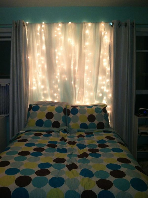 15 DIY Curtain Headboard With Christmas Lights   Bedroom ...