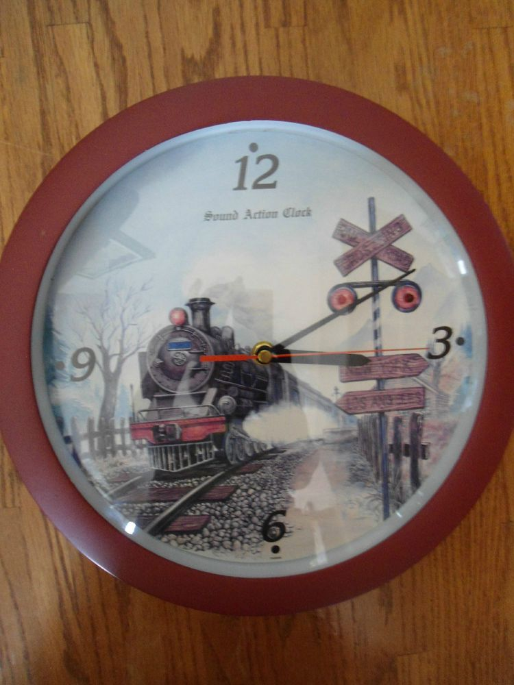 NOVELTY RAILROAD TRAIN WALL CLOCK WITH HOURLY TRAIN SOUND