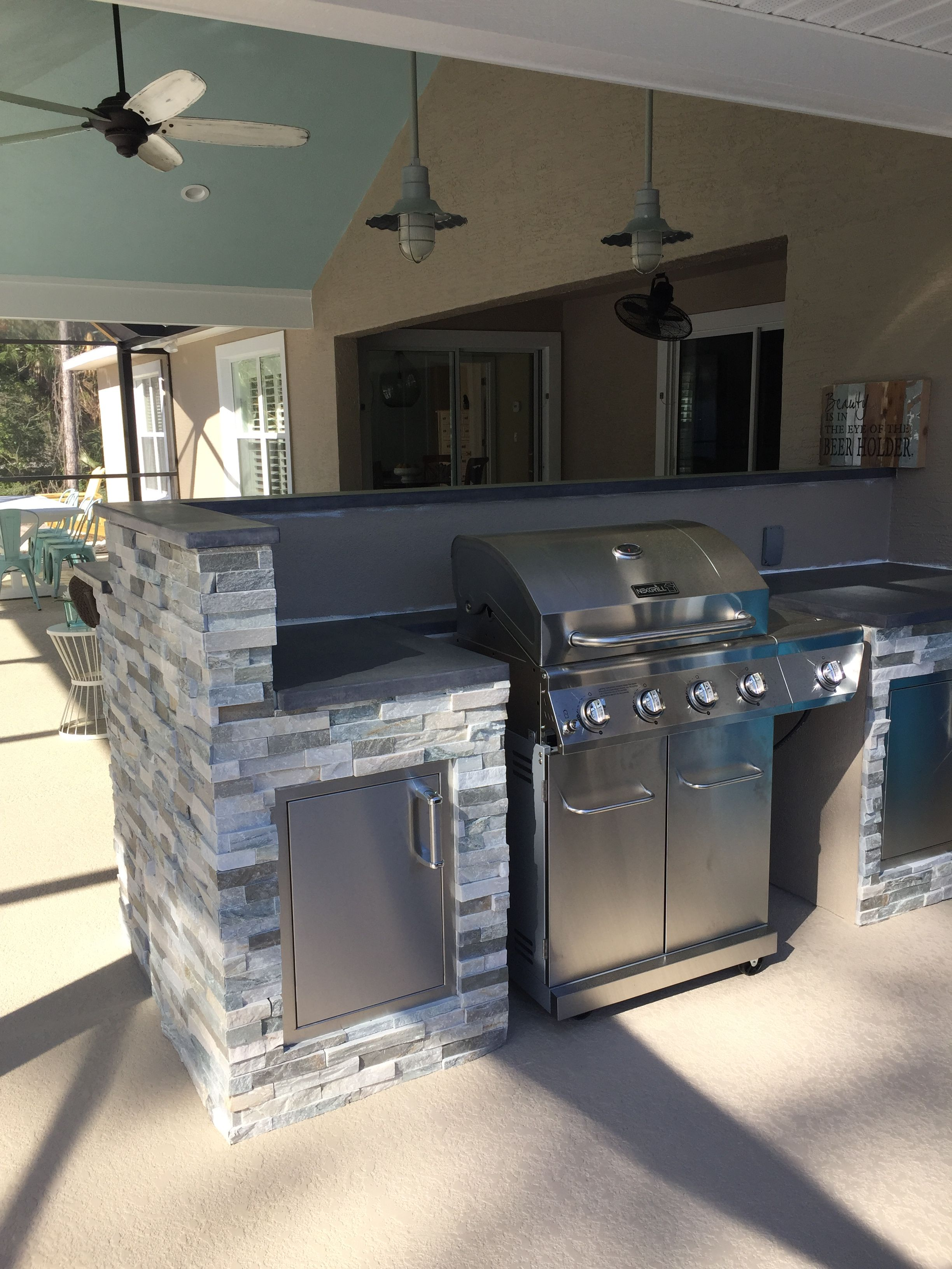 Diy Outdoor Kitchen Bar On The Back Side Outdoor Kitchen Design Layout Outdoor Kitchen Design Outdoor Kitchen Countertops