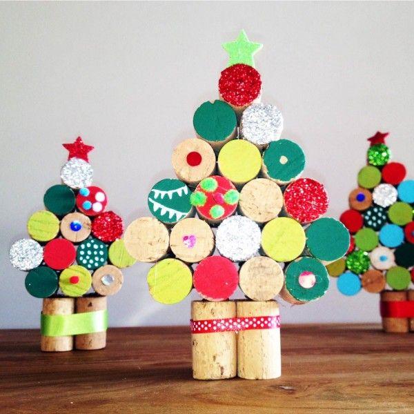 Arboles de navidad hechos con corcho curiosas ideas - Arbol navidad infantil ...
