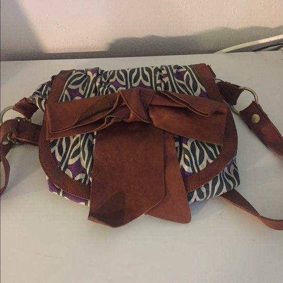 Anthropologie shoulder bag Printed bag features bow front and shoulder strap. Anthropologie Bags Shoulder Bags