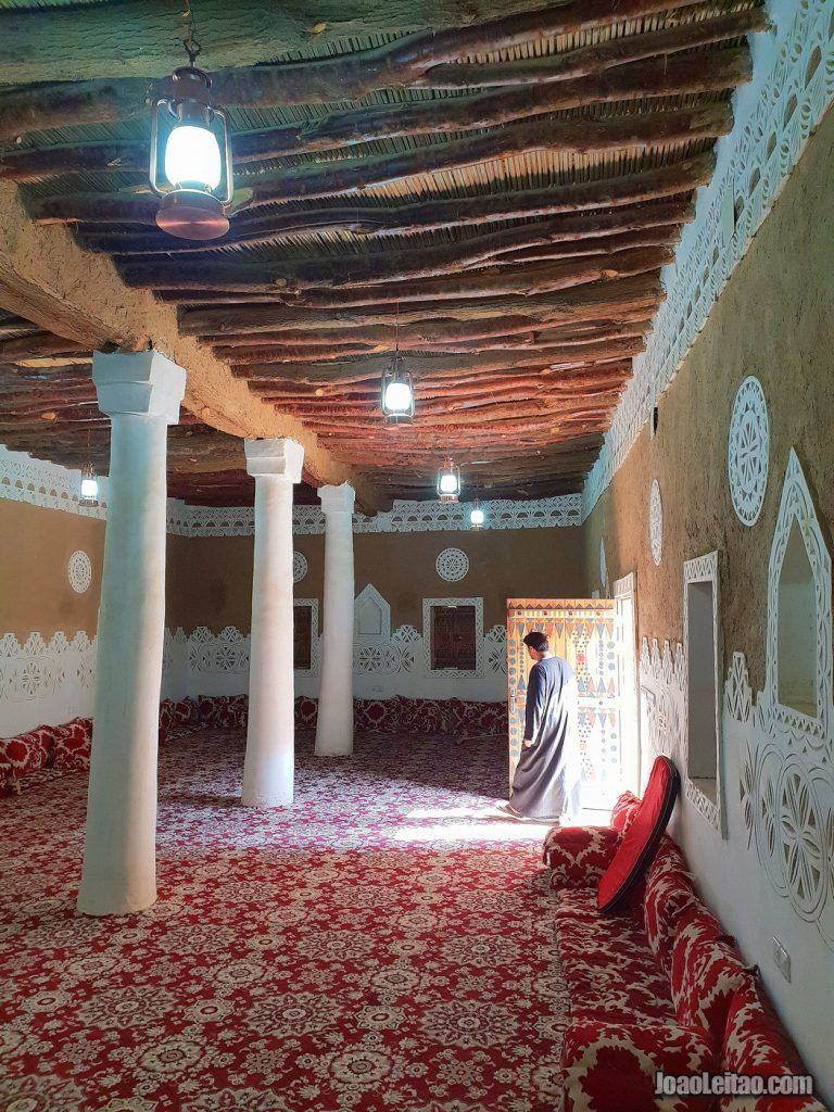 Beautiful Old Mud Brick Villages In Saudi Arabia Traditional House Cultural Architecture Traditional Building