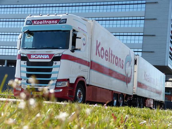 Koeltrans Angeren 10 jaar en 100 eigen vrachtwagens verder