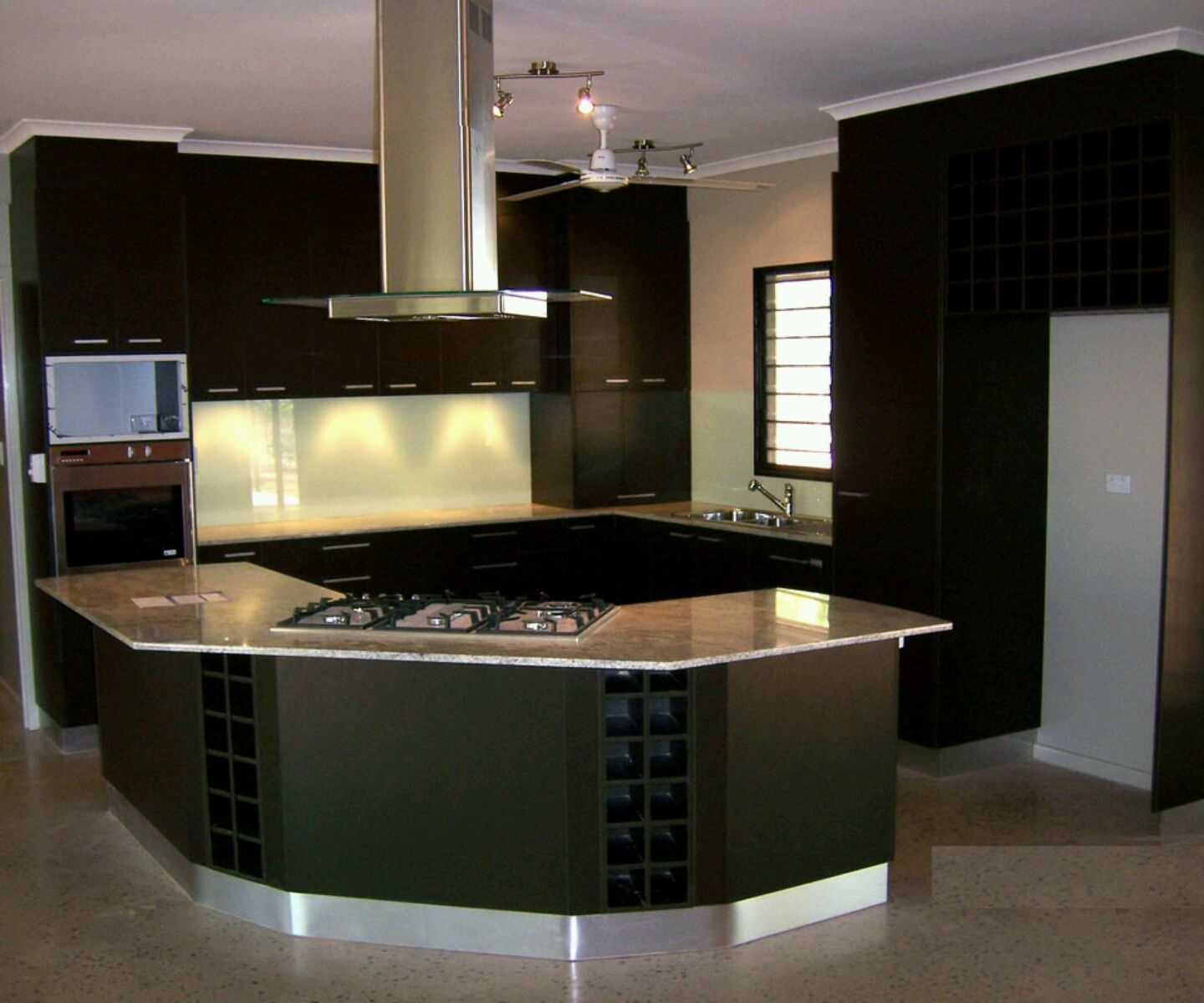 home designs latest modern kitchen cabinets designs ideas pictures ...
