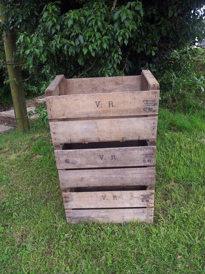 VINTAGE WOODEN PEAR FRUIT CRATE - MARKET STALL SHOP FRONT VINTAGE DISPLAY SHELF | eBay