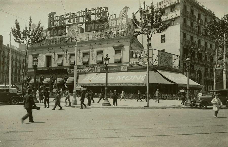 Bar Zurich. 1925  - Plaza de Cataluña