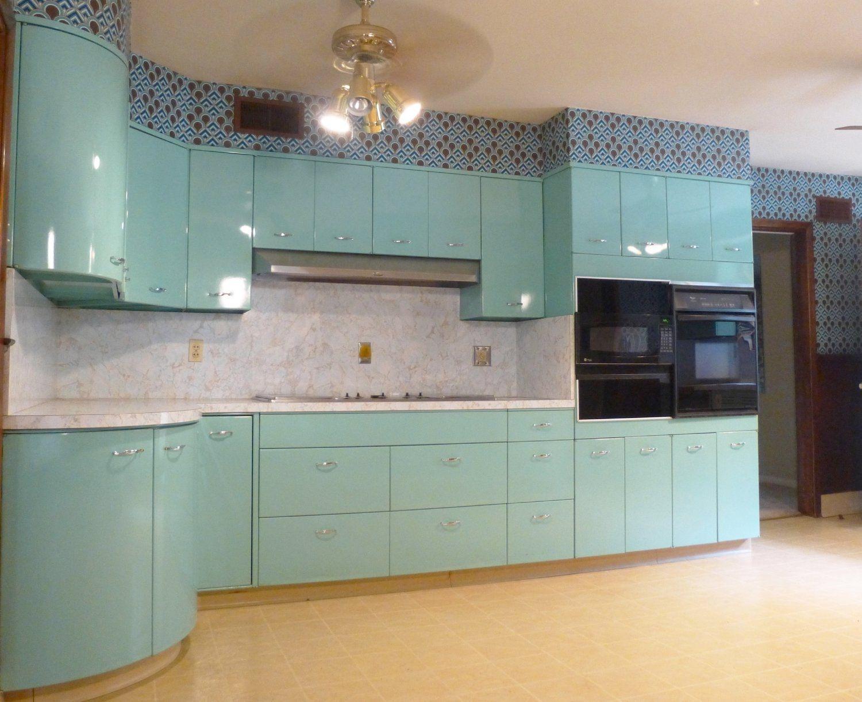 Home For Sale East Memphis Pidgeon Estates Classic Kitchens Cool Kitchens Metal Cabinet