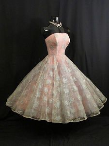 ~Vintage pink and silver 1950's strapless dress~