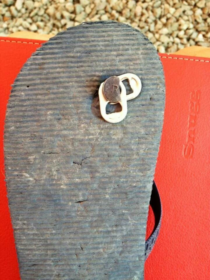75076fda580e DIY quick fix for a broken flip flop