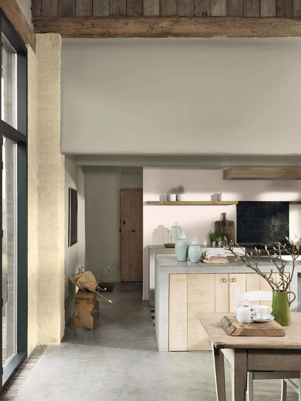 beige kleur op de muur betonnen aanrechtblad en beton op de vloer