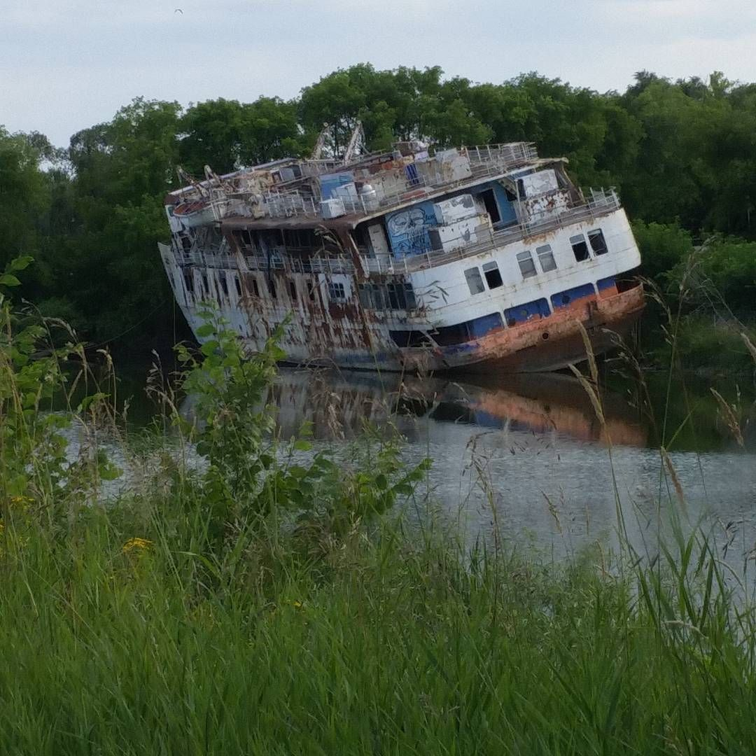 Abandoned River Boat Near Selkirk, Manitoba