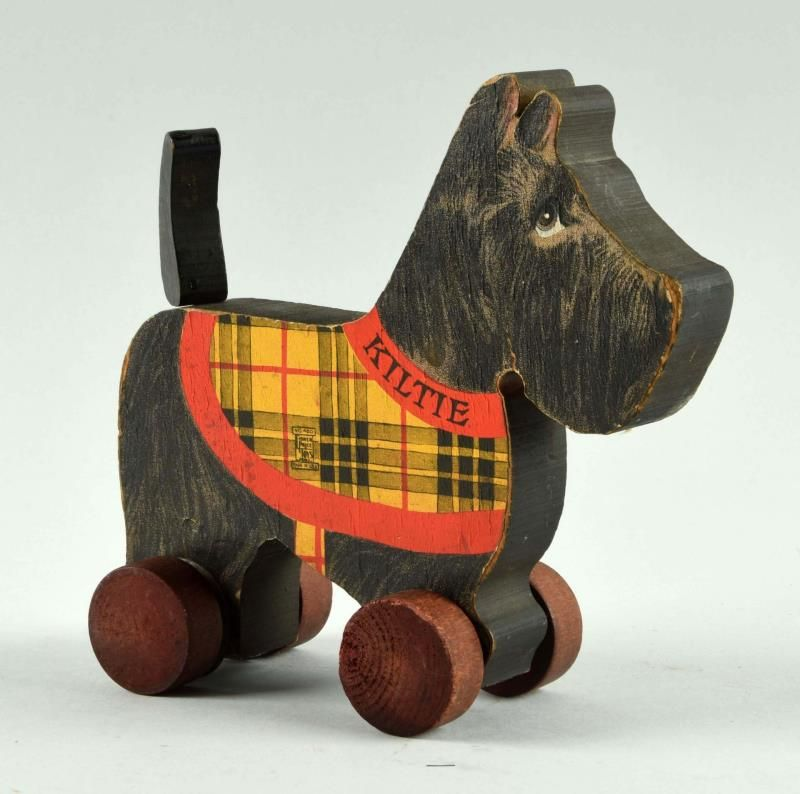 Fisher Price Paper on Wood No. 450 Scotty Dog.
