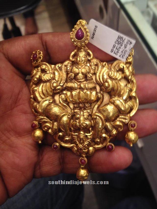 22 carat gold antique lakshmi pendant alka pinterest indiai 22 carat gold antique lakshmi pendant aloadofball Image collections