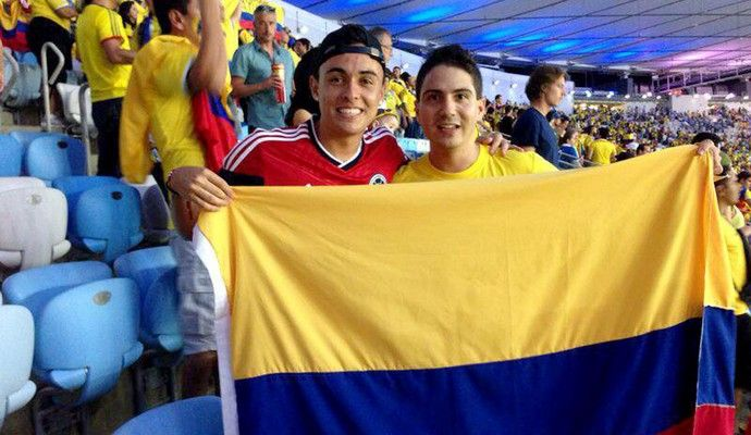 Montoya (esquerda) no Maracanã na vitória da Colômbia sobre o Uruguai (Foto: Divulgação)