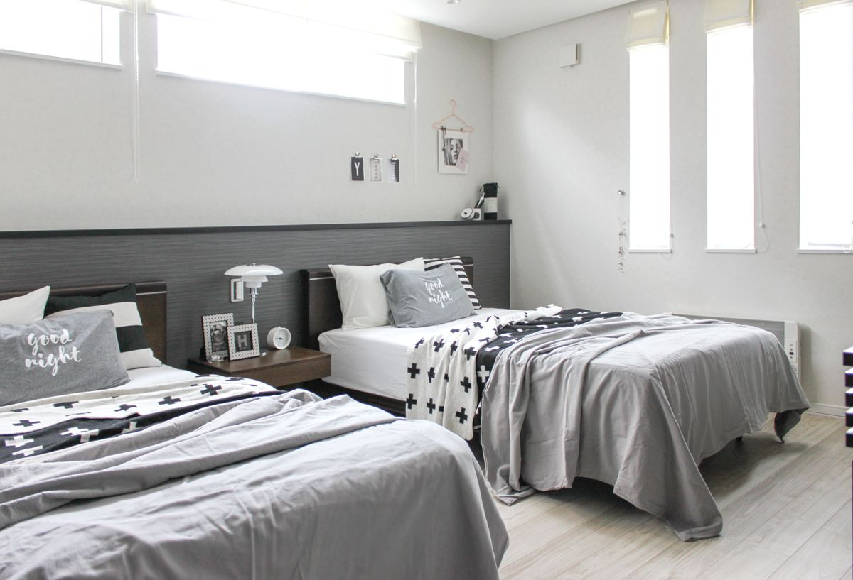 グレーのインテリアと簡単diy 鉢カバーのペイント ベッド コーディネート 寝室 窓 リビング インテリア モノトーン