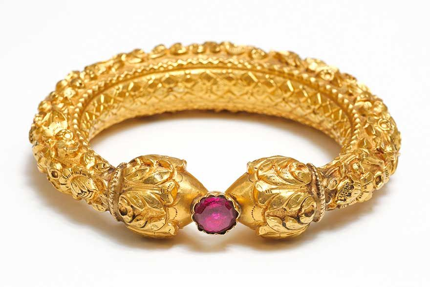 Gold Repousse Bangle India 19th Century via alone and birdless.