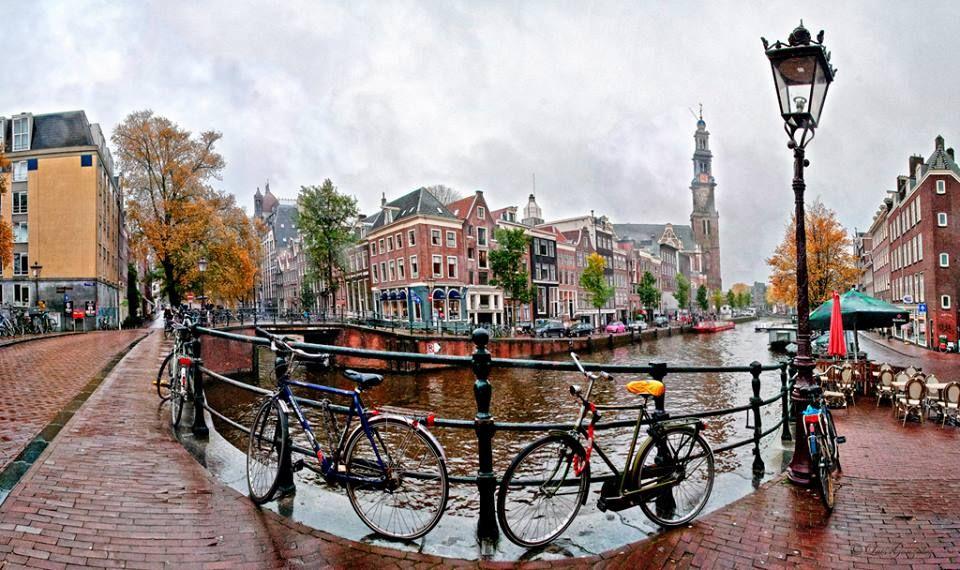 صباحكم سكر من مدينة أمستردام الجميلة Canal Structures