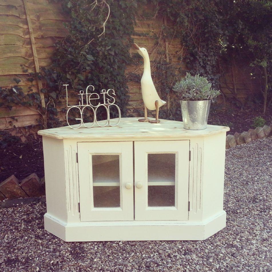 Top 28 sloan shabby chic old charm oak welsh dresser for Crystal bureau knobs