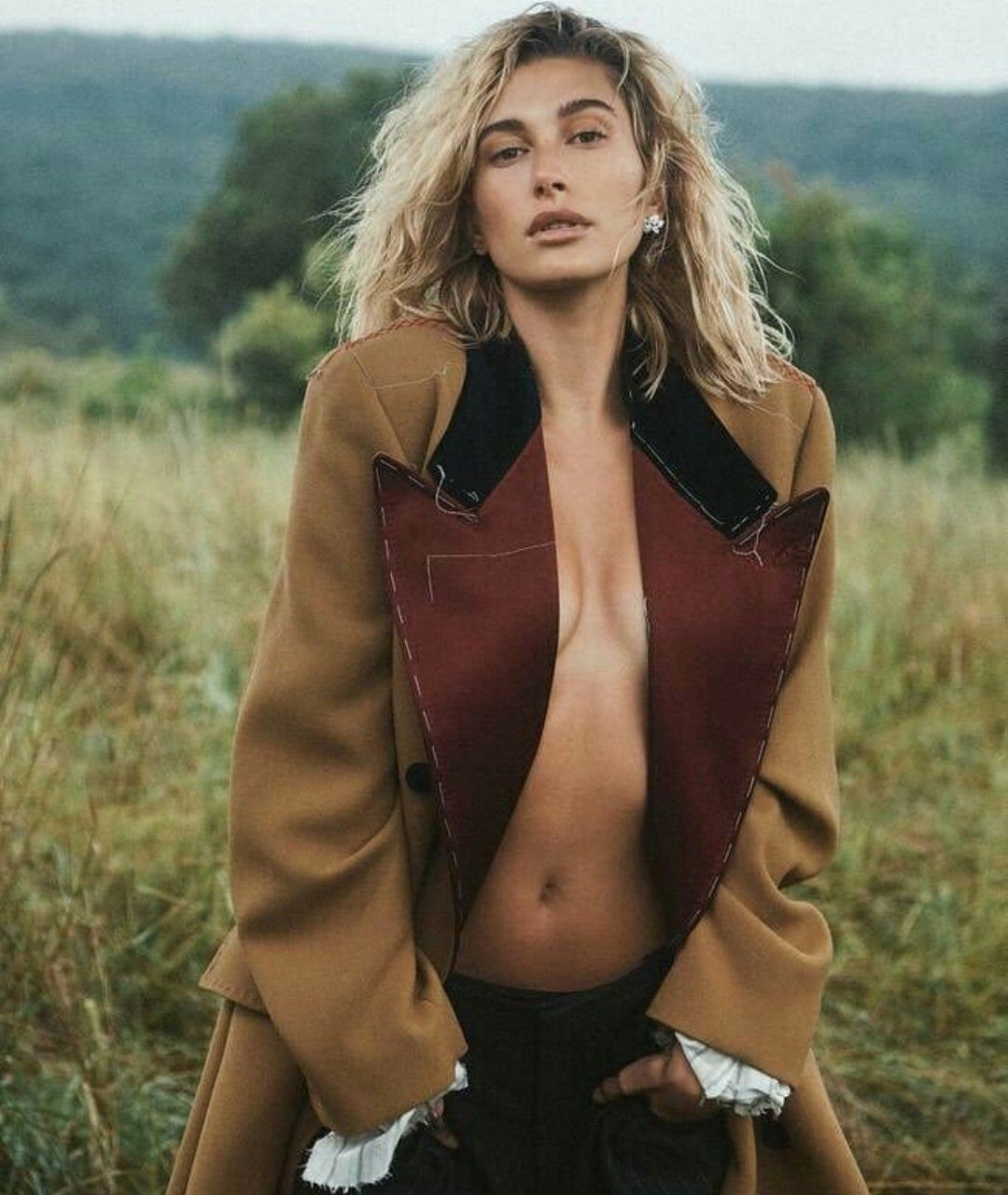 Pin By Michelle Panek On Outfits I Love Vogue Australia Hailey