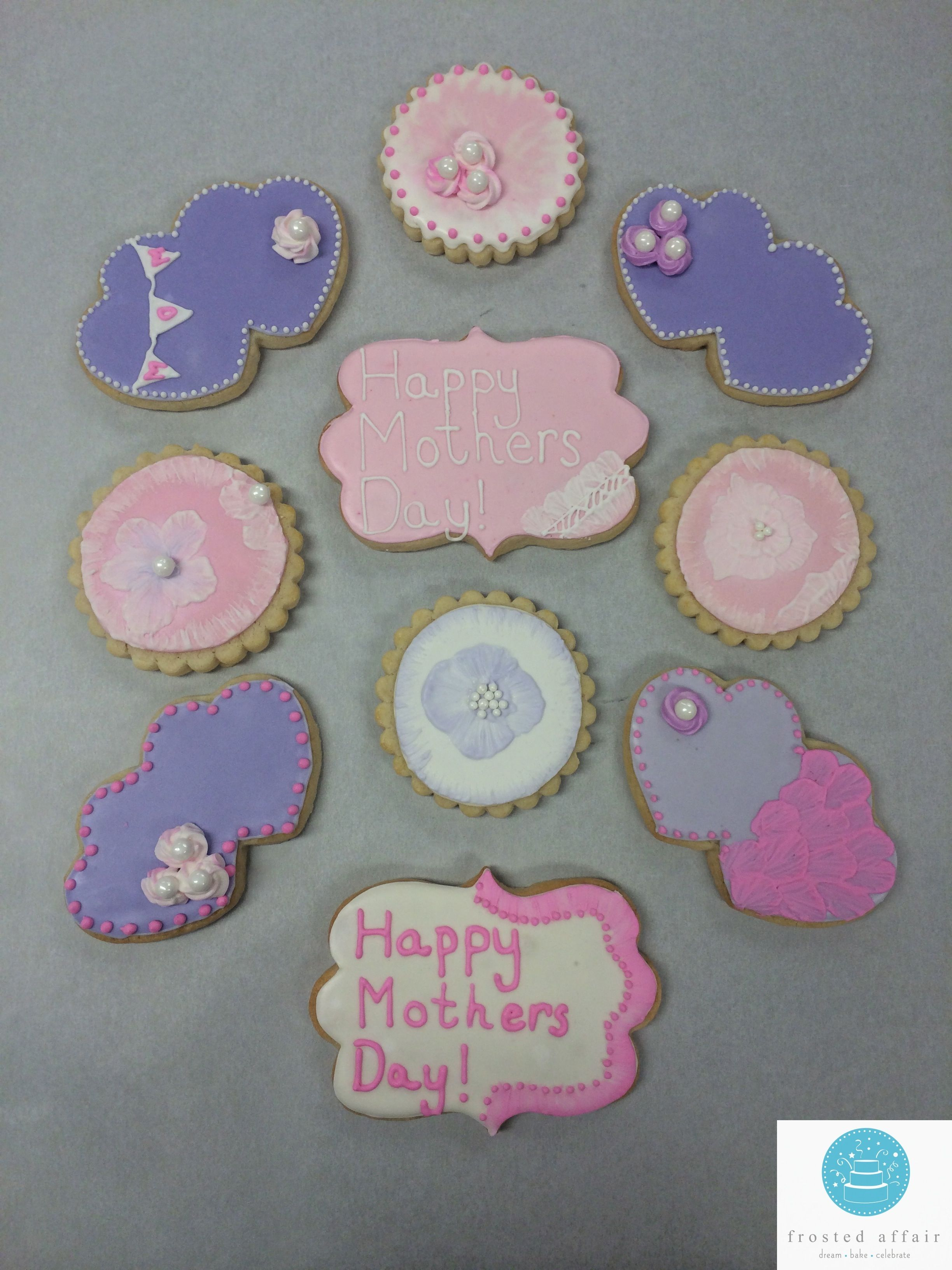 Pink and purple cookies for your sweet mother!